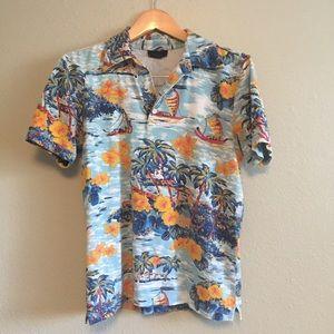 Hawaiian print polo